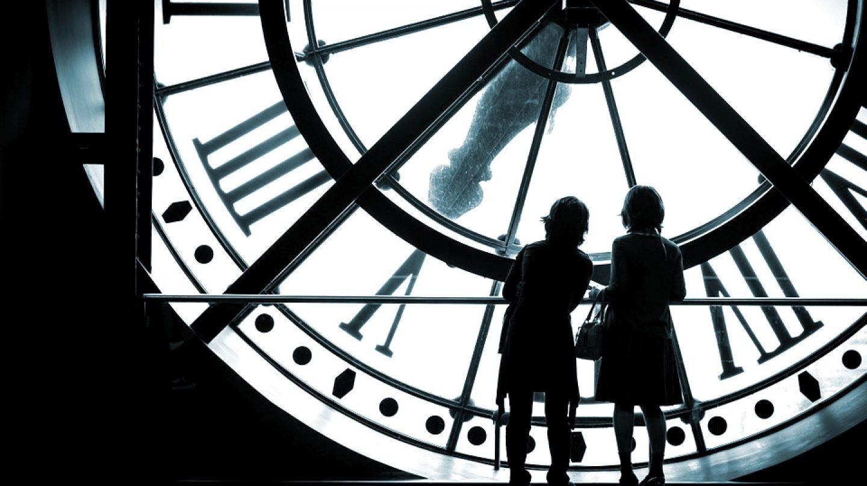 La nueva normalidad: la paradoja de un tiempo detenido