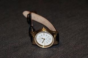 Seculus Quarz – hmatové hodinky dámske pozl. s kož. remienkom