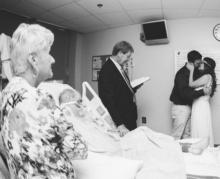 Ее ждала шикарная свадьба, но свадебное платье ей пришлось надеть в больнице…