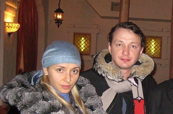 5 пар российских звезд, которые скрывали свои отношения