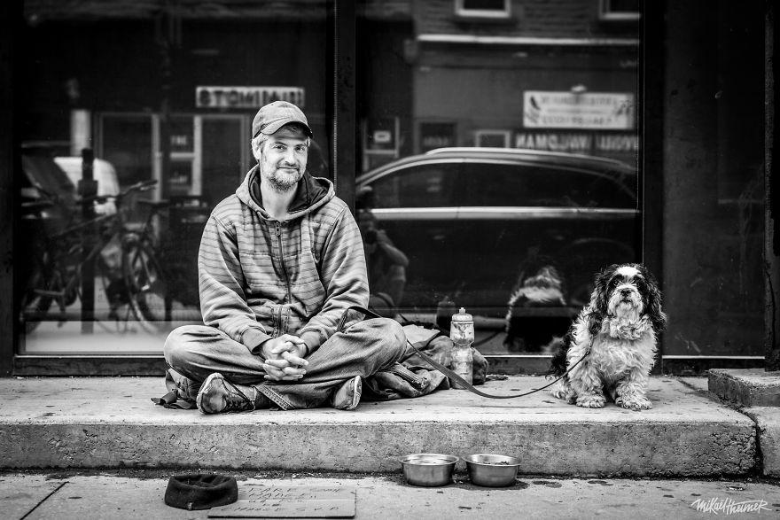 15 портретов бездомных и жизненные истории, которые за ними скрываются
