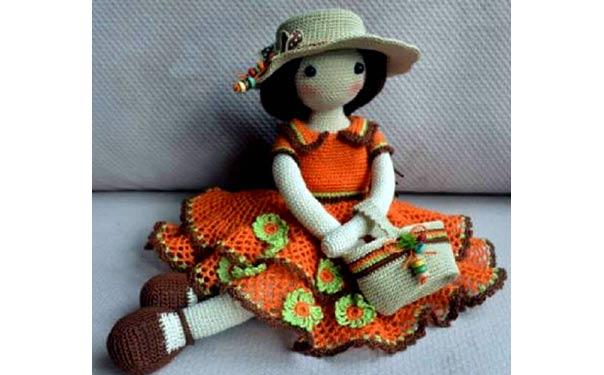 Вязаная крючком кукла от CheriDols. Описание
