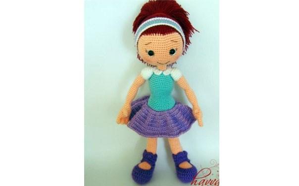Вязаная крючком кукла Алиса. Описание