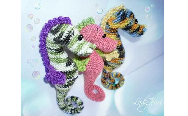 Разноцветный морской конек. Схема вязания крючком