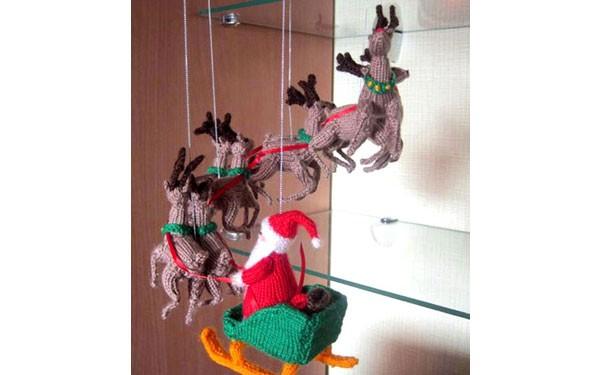 Вязаный мобиль «Канун Рождества»