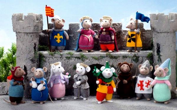 Мыши средневековья. Спицами. Описание