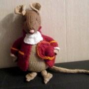 Продам вязаная игрушку мышь Джентельмен