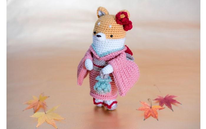 Вязаная крючком лиса в кимоно