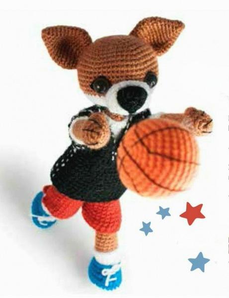 Лис Фокси О'Нил баскетболист. Вязание крючком