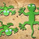 Вязаная зеленая ящерица. Крючком