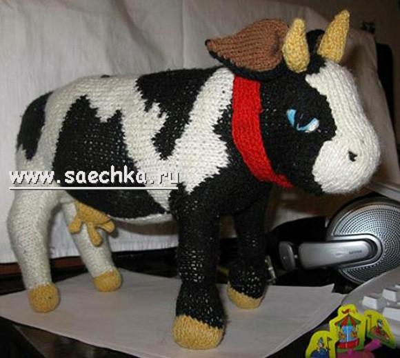 Вязаная корова. Спицами