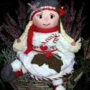 Вязаная кукла Адель в Рождественских цветах. Спицами