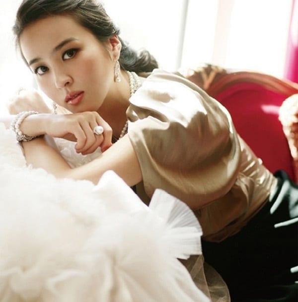 han-hye-jin-co-vo-cuc-xinh-cua-tien-ve-swansea-3