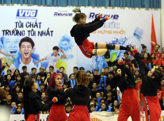 ĐH Tôn Đức Thắng vô địch Dance Battle, Bách Khoa đăng quang futsal - Ảnh 9.