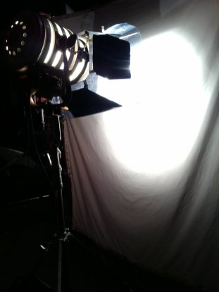 06 A 2K Light