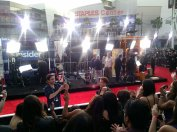 04 People's Choice Awards 2014 Red Carpet