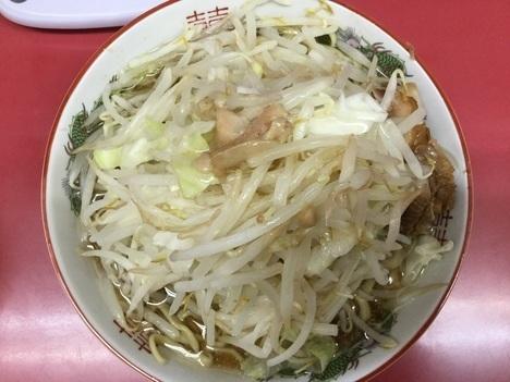 ラーメン二郎小岩店大ラーメンヤサイアブラ上アングル