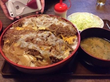 沼田とんかつのゆき藤じゃんぼかつ丼定食