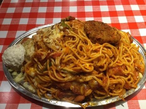 image 5a573 thumbnail2 - スパゲティのパンチョ大宮店(他各店)【デカ盛り】ナポリタン星人全部乗せってこんなに爆盛りだったのね【大食いコラボ企画】