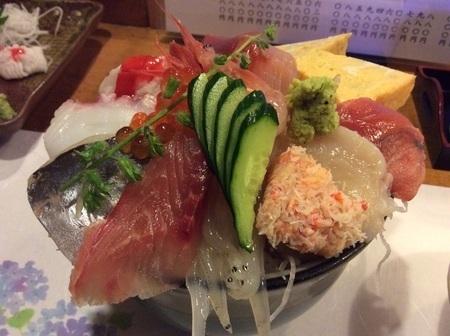 太田たから海鮮丼ランチ特盛り