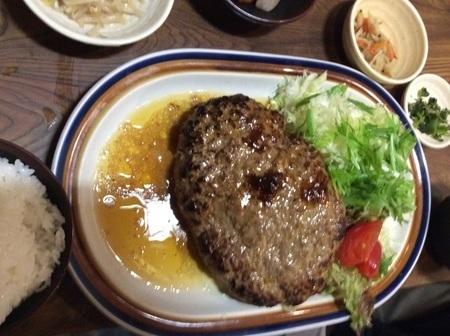 福岡春日食堂大盛りハンバーグ