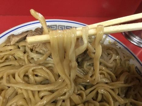 ラーメン二郎守谷大ラーメン麺リフト