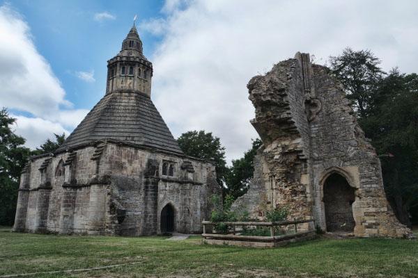 Glastonbury Abbey, Abbot's Kitchen