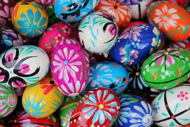 Why Do We Dye Eggs On Easter? Plus 3 Tips For Fun Easter ...