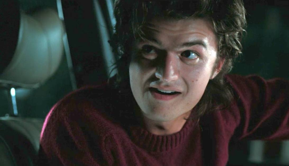 Your Steve Harrington Stranger Things Season 2 Memes Are Great But Youre So Late To The Party