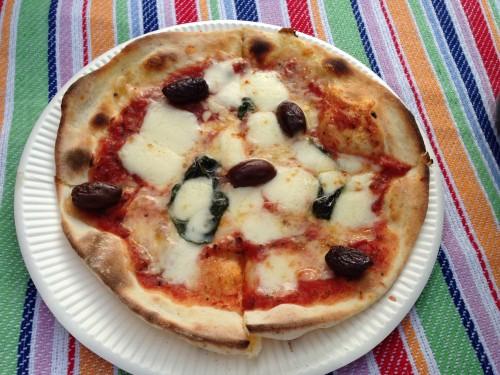 ニセコピザのマルゲリータ