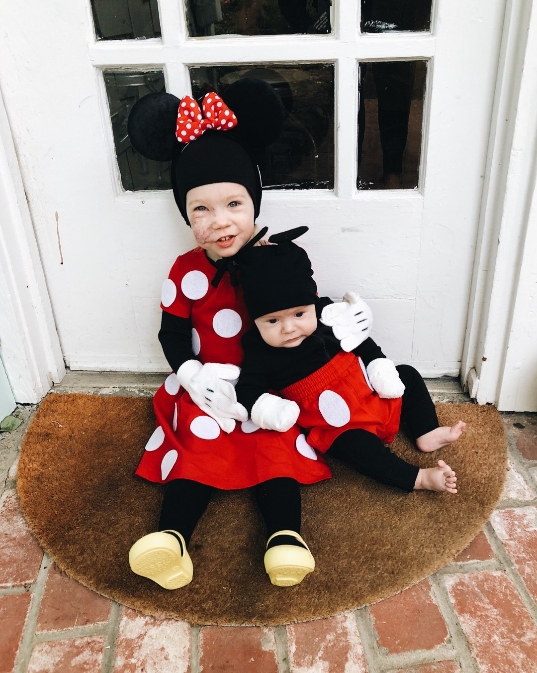 mickey & minnie mouse sibling halloween costumes - typical katie