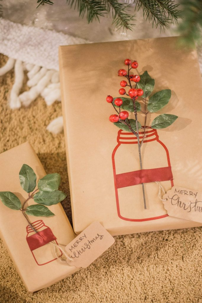 christmas gift wrapping, gift wrap ideas, how to wrap a present