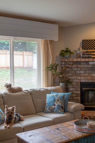 DIY Shiplap Valances, living room redo, renovation, remodel, dining room