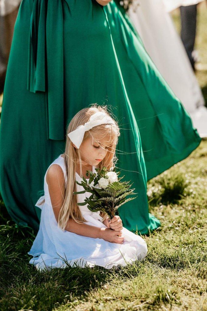 flower girl, white dress, Pacific Northwest wedding