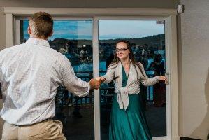 wedding guests swing dancing