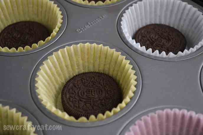 CookiesandCreamCupcakes-1