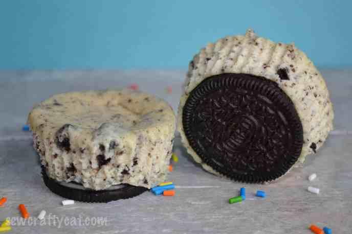 CookiesandCreamCupcakes-8