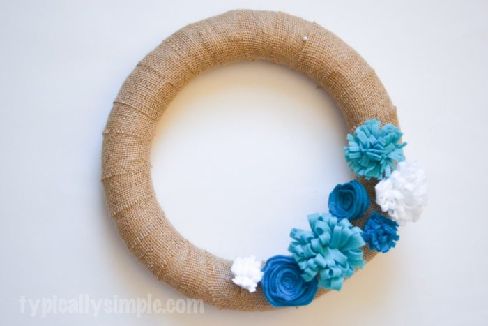 Felt Flower Burlap Wreath-5