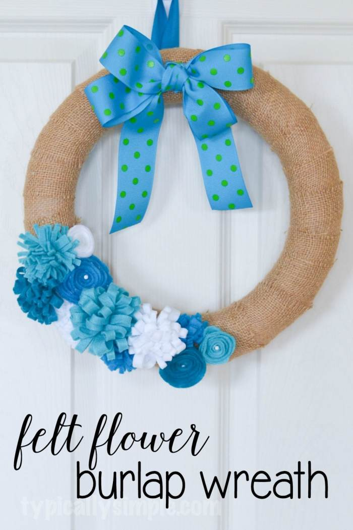 With so many ways to customize this felt flower wreath, it's a perfect addition to your spring decor!