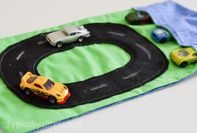 Travel Race Car Mat – Sewing Tutorial