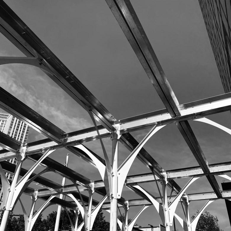 Urban Umbrella - spanning elements
