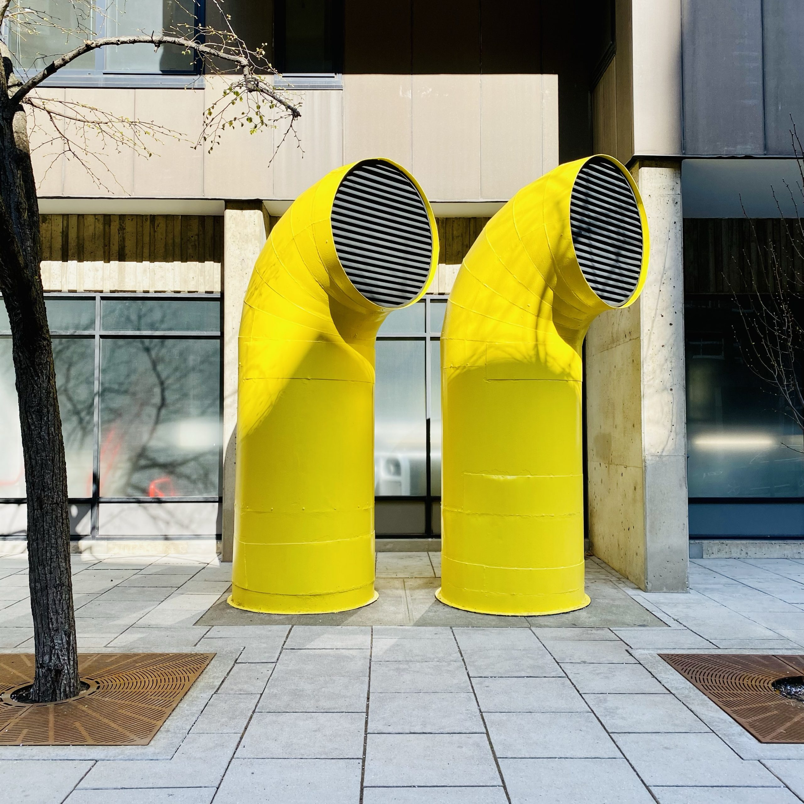 Roosevelt Island Air Tube front - yellow - in color