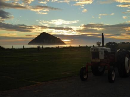 167. Sunrise at Anaura Bay with tractor