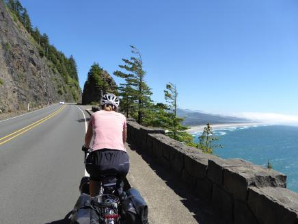 010. Approaching Nehalem Bay