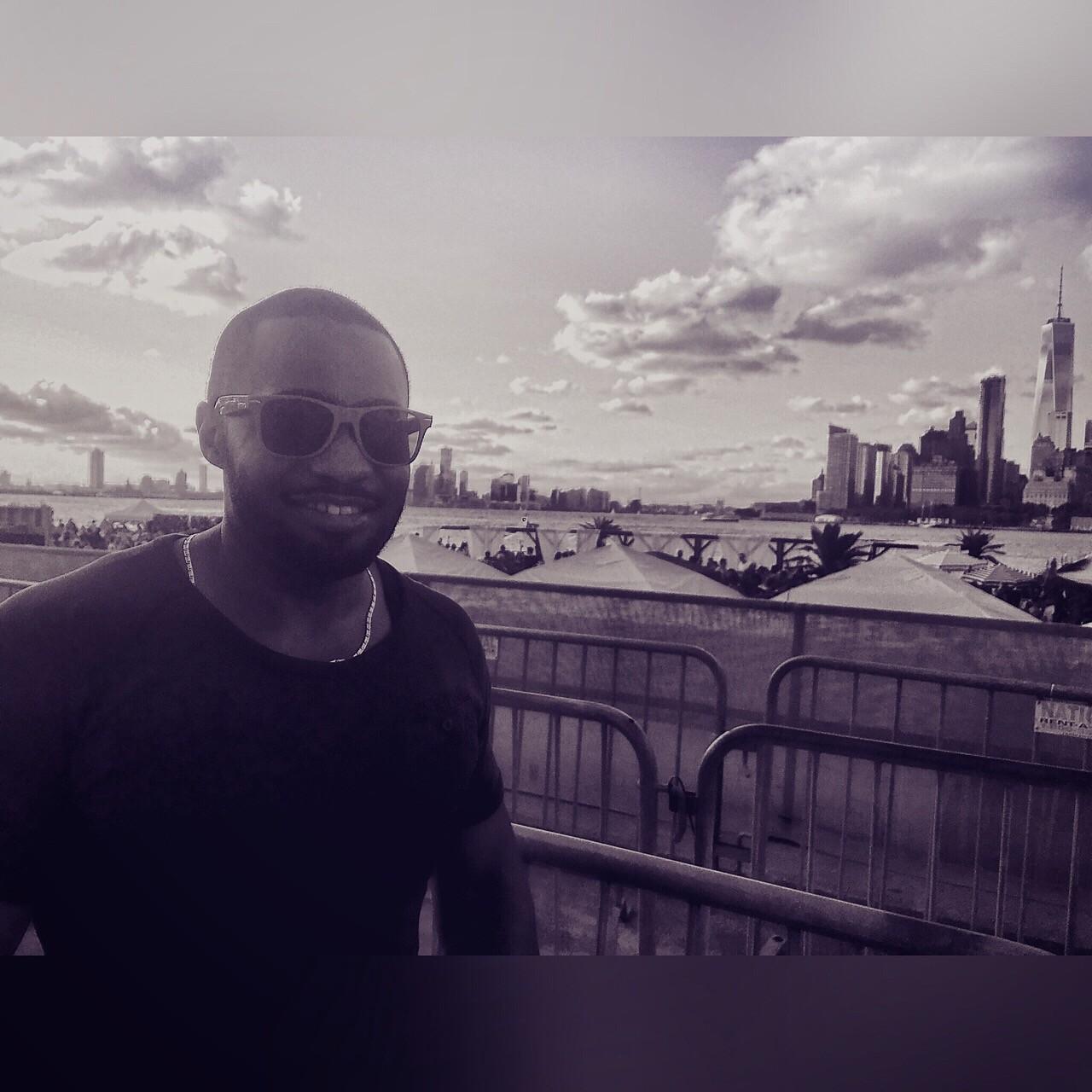 Tyrone Smith @ Full Moon Festival NYC Govenor's Island Stoli G-Star Raw