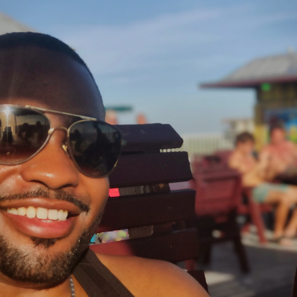 those who live with positive purpose Tyrone Smith fort myers florida boca raton smile