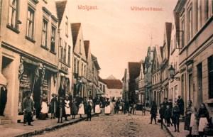Wilhelmstraße mit Blick auf den Rathausplatz