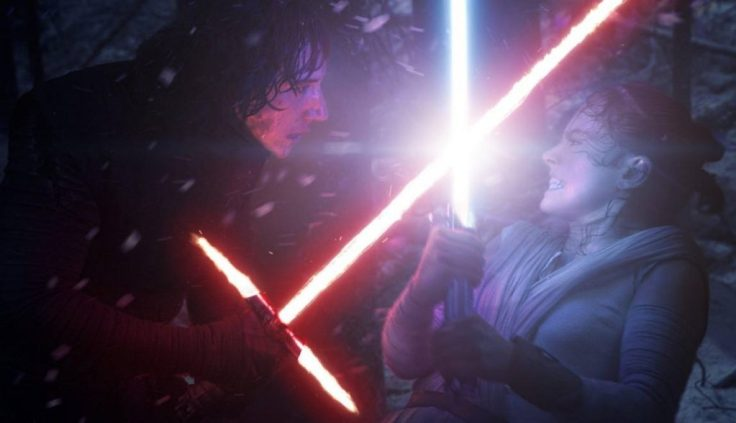 Kylo-Ren-and-Rey-in-The-Force-Awakens-e1482952903195
