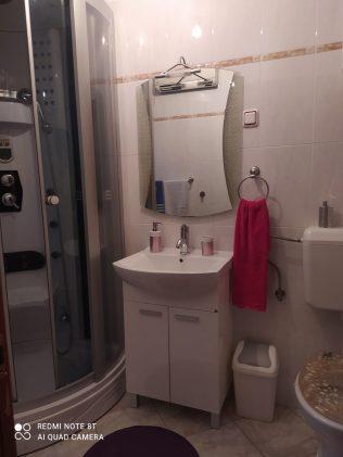 Mandić kupaonica