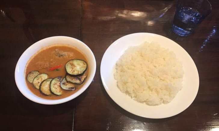 curry 草枕のなすチキンカレー
